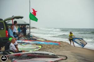 55-beach-scene-rain
