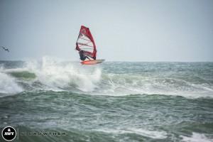boujmaa-55-aerial-windsurf